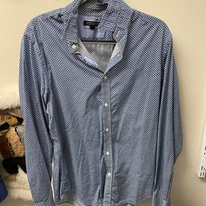 Banana Republic Casual Button Down Excellent Cond.